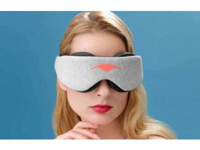 100%完全遮光!まつ毛やまぶたに触れない立体フォルムで目を圧迫しないマンタスリープのアイマスク