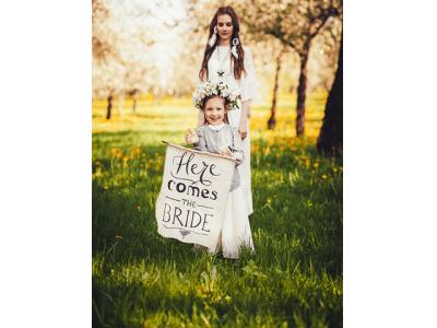 家族のための令和時代の新しい結婚式Combi×Choole『ファミリー婚』提供開始Combi製 100万円相当の最高級ベビーカーによる特別な一日を提案