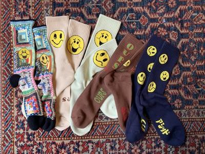 90年代レイヴ・カルチャーな靴下が誕生!