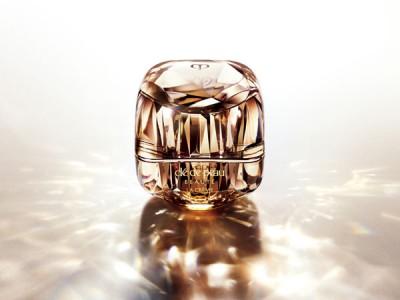 クレ・ド・ポー ボーテ 2020年春夏 ― 至上の輝きへの鍵。― 美とサイエンスの頂点への鍵「ラ・クレーム」発売