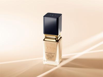 クレ・ド・ポー ボーテ2021年春夏 ―そのつや肌は、隠しきれない光を放つ。― 美容液のようにリッチなうるおいとつや肌が続くファンデーション発売