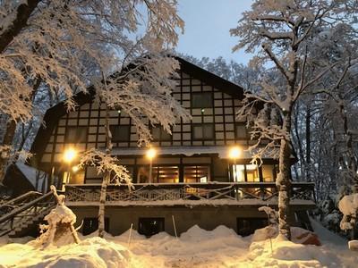 [特別企画] 発達障がい児を抱える家族対象 人気ロッジを家族貸切りで宿泊して冬の白馬村の大自然を満喫!
