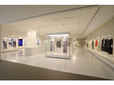 2021年春新築オープンした長野県立美術館。その建築、スタッフユニフォームに関連した展覧会など、ご家族で楽しめる、志向を凝らした3展覧会を6月19日(土)から開催!