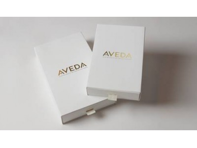 ウエディングの引き出物にもおすすめな、アヴェダのプレミアムなギフトボックス『PREMIUM GIFT BOX』新発売