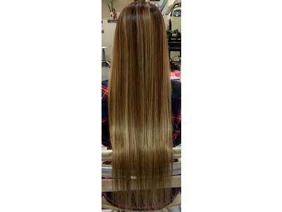 髪が一番健康な状態「等電点」でクセ毛をケアする「等電点ストレート」「等電点トリートメント」を開発!