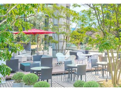 東京マリオットホテル 装いも新たに2021年3月20日(土・祝)、緑に囲まれた都心のテラス「御殿山テラス」オープン