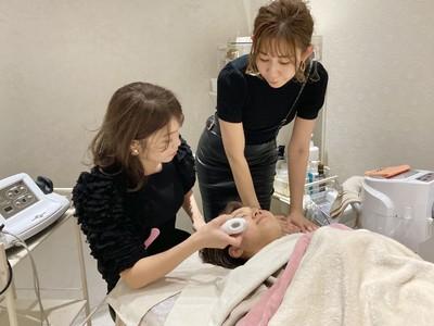 愛知県にある大手美容チェーンのレイフィールド一宮西店がグロースbyRAYとして、エステサロンを併設してリニューアルオープン!コロナ禍でスタートさせた理由