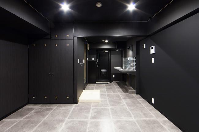 自分に魅せられる部屋 BLACK BLACK LIFE 誕生!