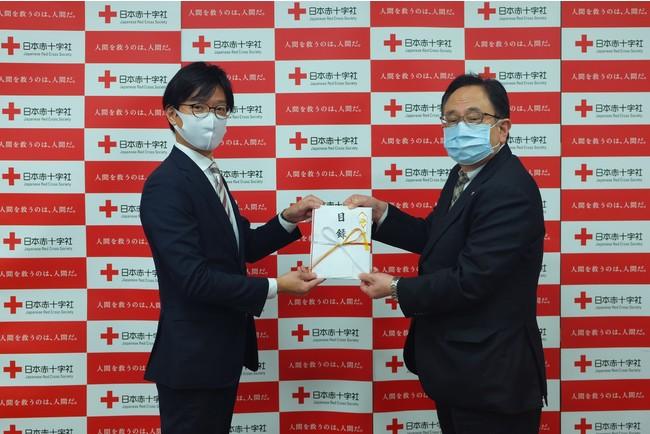 チャリティーオークション「Christmas Smile」展 日本赤十字社への寄付のご報告