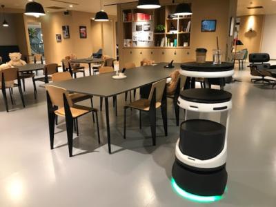 仙台市の新ワークプレイス「SPACES CAFE」で配膳・運搬ロボット「Servi」の無料体験会を開催