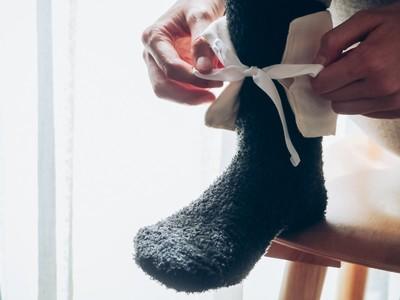 体温を上げて免疫力アップ。足首からの温活に注目、「玄米カイロ 足首用」を新発売
