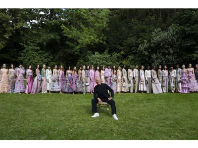 【ジョルジオ アルマーニ プリヴェ】21-22秋冬コレクション ファッションショーをパリで開催しました。