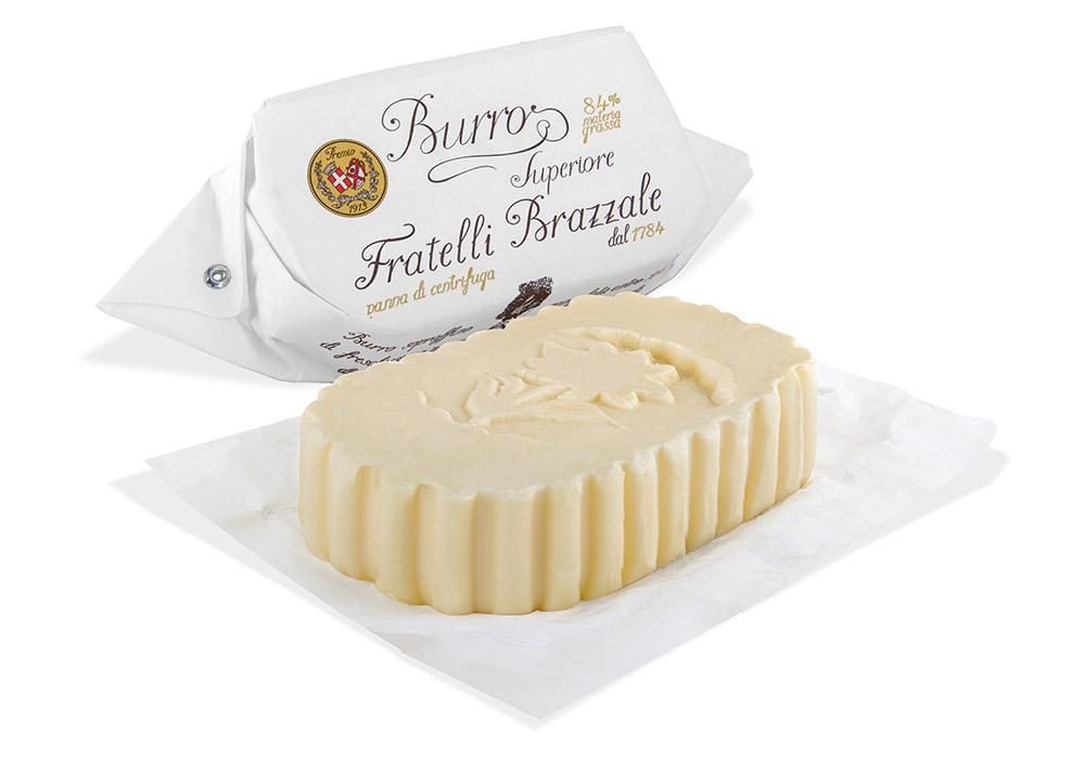 パンにつけるバターはこれで決まり。イタリアで230年続く老舗企業のプレミアムバターの有塩・燻製タイプを数量限定で販売します。