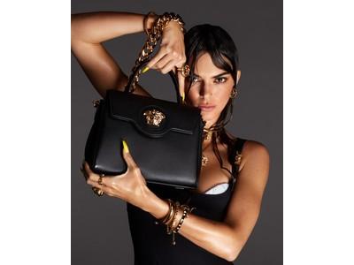 ヴェルサーチェが新作バッグ「ラ メドゥーサ」を発売