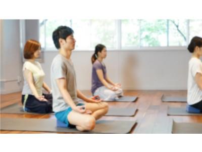 【結婚相手紹介サービスのツヴァイ】ヨガ瞑想を使った婚活セミナーを開始。ヨガ瞑想で恋愛を引き寄せる方法を伝授!