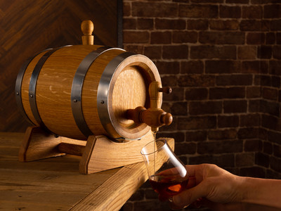 自宅でウイスキーや焼酎を熟成できる、本格ミニ樽が登場!コロナ禍の新しい楽しみに。