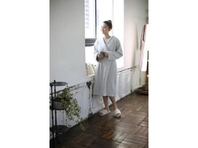 女性向けセレクトECショップ「BONNE(ボンヌ)」から、洗うほどに膨らむタオル生地で作った「バスローブ」「ヘアターバン」「バスマット」を、本日より新発売