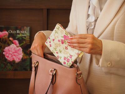 【再販開始】即完売した老舗塗料店の女性チーム発「いつもきれいなポケット」こと「高機能マスクケース」好評発売中