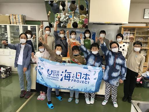 4組11名の親子が「アジ」と「ワカサギ」をさばいて料理!【日本さばける塾 in 長野県塩尻市】を開催