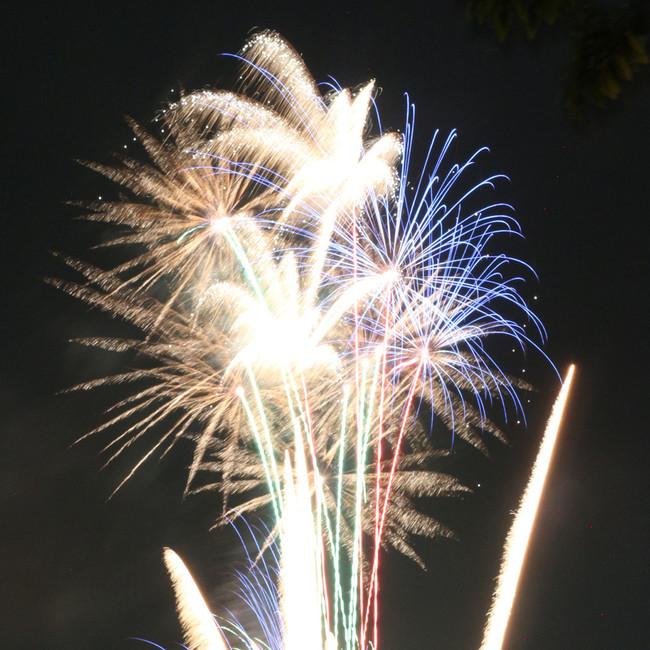 疫病退散の願いをこめた花火を5月1日(土)に打ち上げ