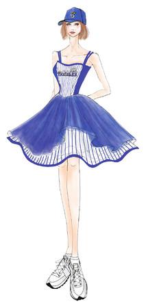 『横浜DeNAベイスターズ』 コラボレーションドレスを始球式でお披露目!