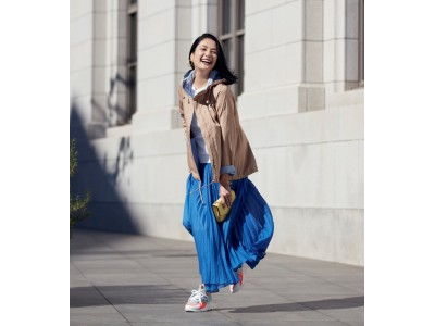 40代からのアパレルブランドDoCLASSE 新TV-CM モデル熊沢千絵さん出演 光をまとうリバーシブル・パーカー「この春は、メイクするように服を着る。」2020年3月10日(火) よりオンエア開始