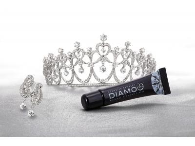 塗るダイヤモンドの「DIAMO ディアモ」から、 新コスメブランド「DIAMO LUNA ディアモルーナ」誕生。