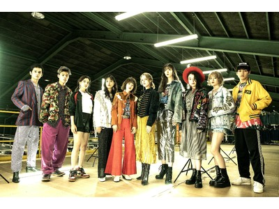 『Top of the Hill』VINTAGE RUNWAY 2021 SS
