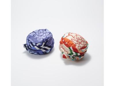帽子ブランド〈アキオ ヒラタ〉と京友禅の老舗〈千總〉がコラボレーション。技と感性の融合で誕生した商品を紹介します。