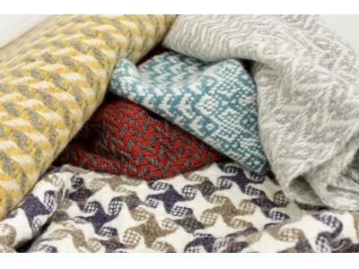 伊勢丹新宿店にて『trois temps (トロワトン)』の手織りの体験ができるワークショップを開催