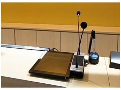タイムズカーレンタルの全国33店舗に多言語音声翻訳機を順次導入