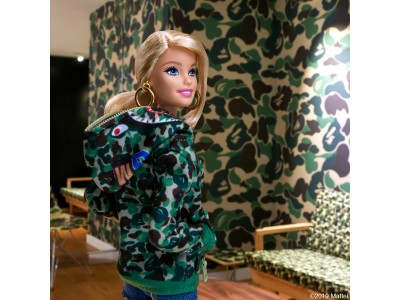 BAPE(R)×Barbie