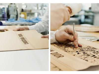 【DIOR】 2021 クルーズ コレクション新作「ブック トート」を彩る、レザーの飾り彫りに注目